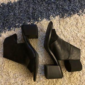 Chunky square open toe heel